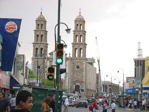 640px-Ciudad_juarez_street